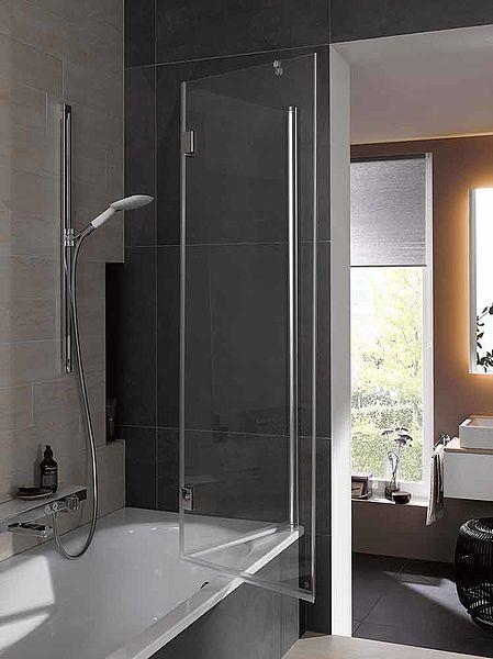 handwerkermarke vorhang auf f r den gl sernen badewannenaufsatz von kermi. Black Bedroom Furniture Sets. Home Design Ideas