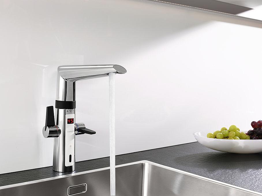 Handwerkermarke: Berührungslos in Bad und Küche
